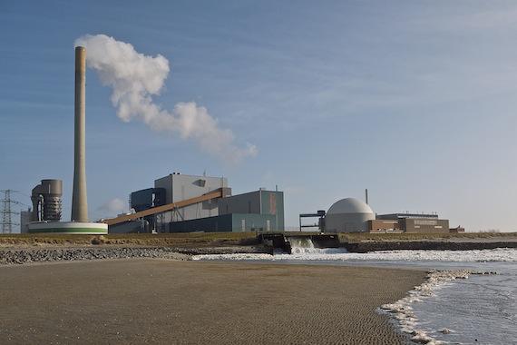 Kolencentrale en kerncentrale in Borssele